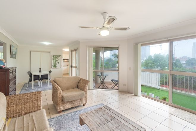 Picture of 7/25 Lather Street, SOUTHPORT QLD 4215
