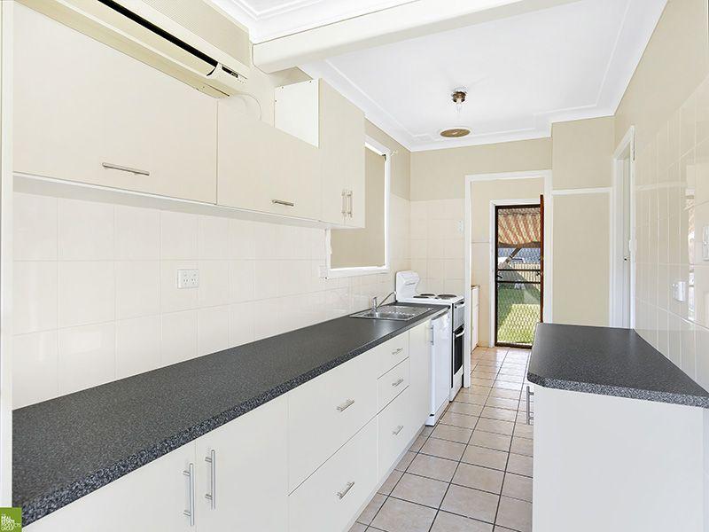 23 Alexander Street, Fairy Meadow NSW 2519, Image 2