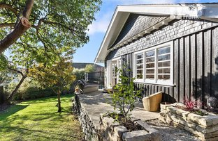 Picture of 11 Lipscombe Avenue, Sandy Bay TAS 7005