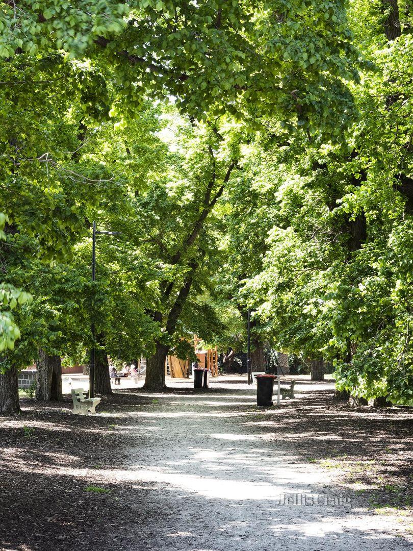 9 Leinster Grove, Brunswick East VIC 3057, Image 2