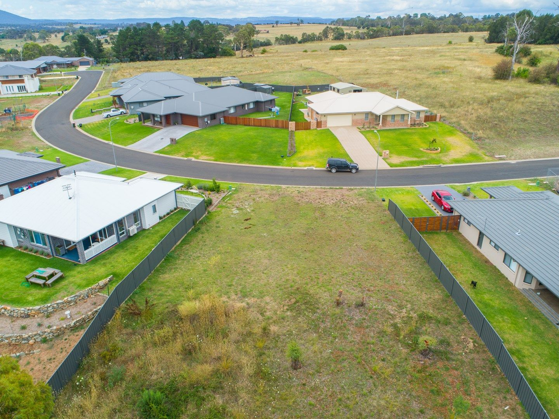 26 Grandview Crescent, Armidale NSW 2350, Image 0