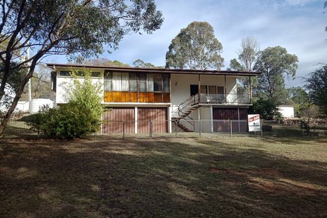 Picture of 12 Railway Terrace, CROWS NEST QLD 4355