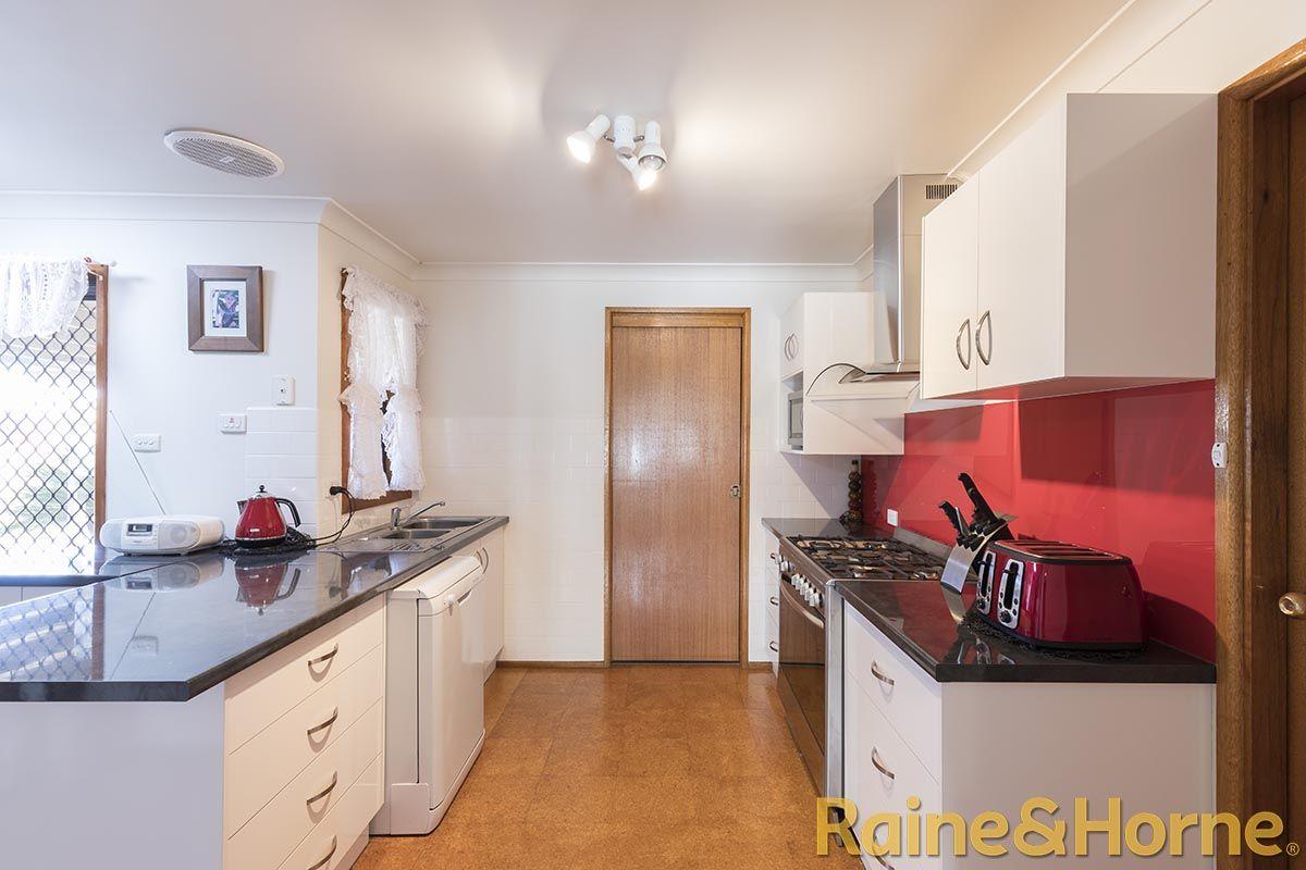 12 Epsom Avenue, Dubbo NSW 2830, Image 0