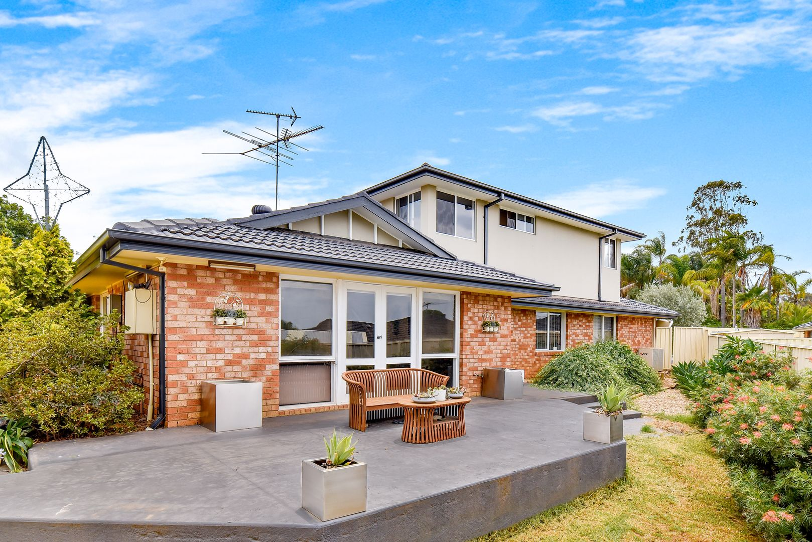 6 Dundee Place, St Andrews NSW 2566, Image 2