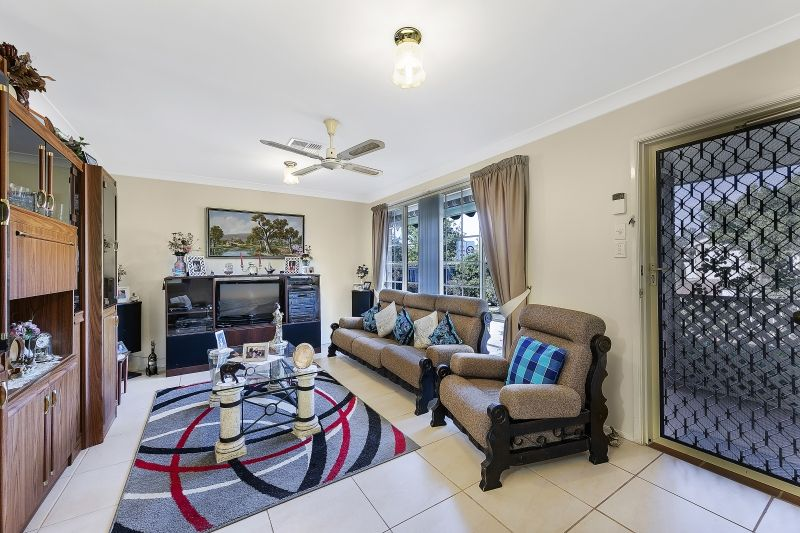 25 Castlereagh Crescent, Bateau Bay NSW 2261, Image 1
