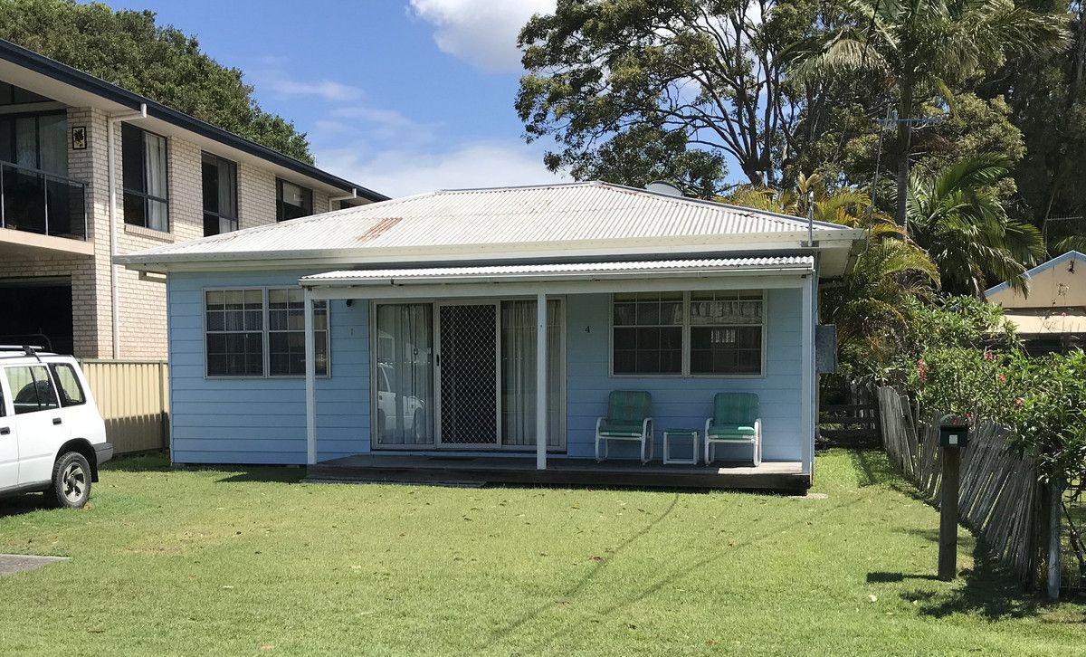 4 Bell Street, Dunbogan NSW 2443, Image 0