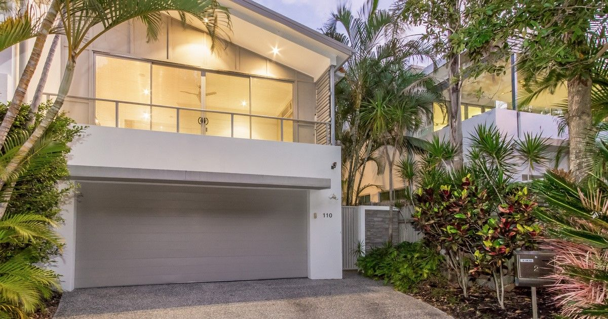 2/110 Slatyer Avenue, Bundall QLD 4217, Image 1