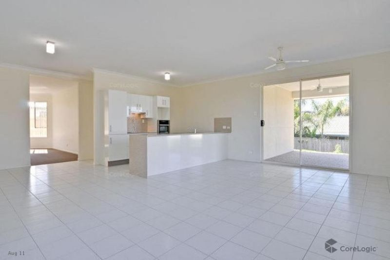 9 Lilly Court, Yamanto QLD 4305, Image 1