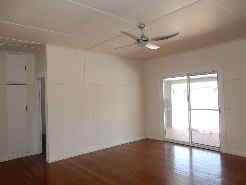 11 Azalea Avenue, Coffs Harbour NSW 2450, Image 2