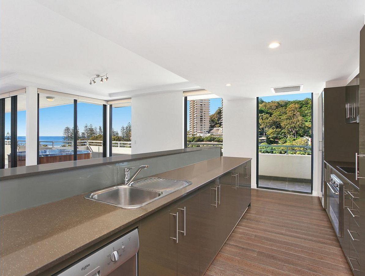 2026/1 Ocean Street, Burleigh Heads QLD 4220, Image 2