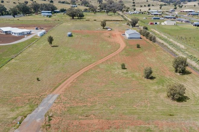 Picture of 4 Thornbill Road, TAMWORTH NSW 2340