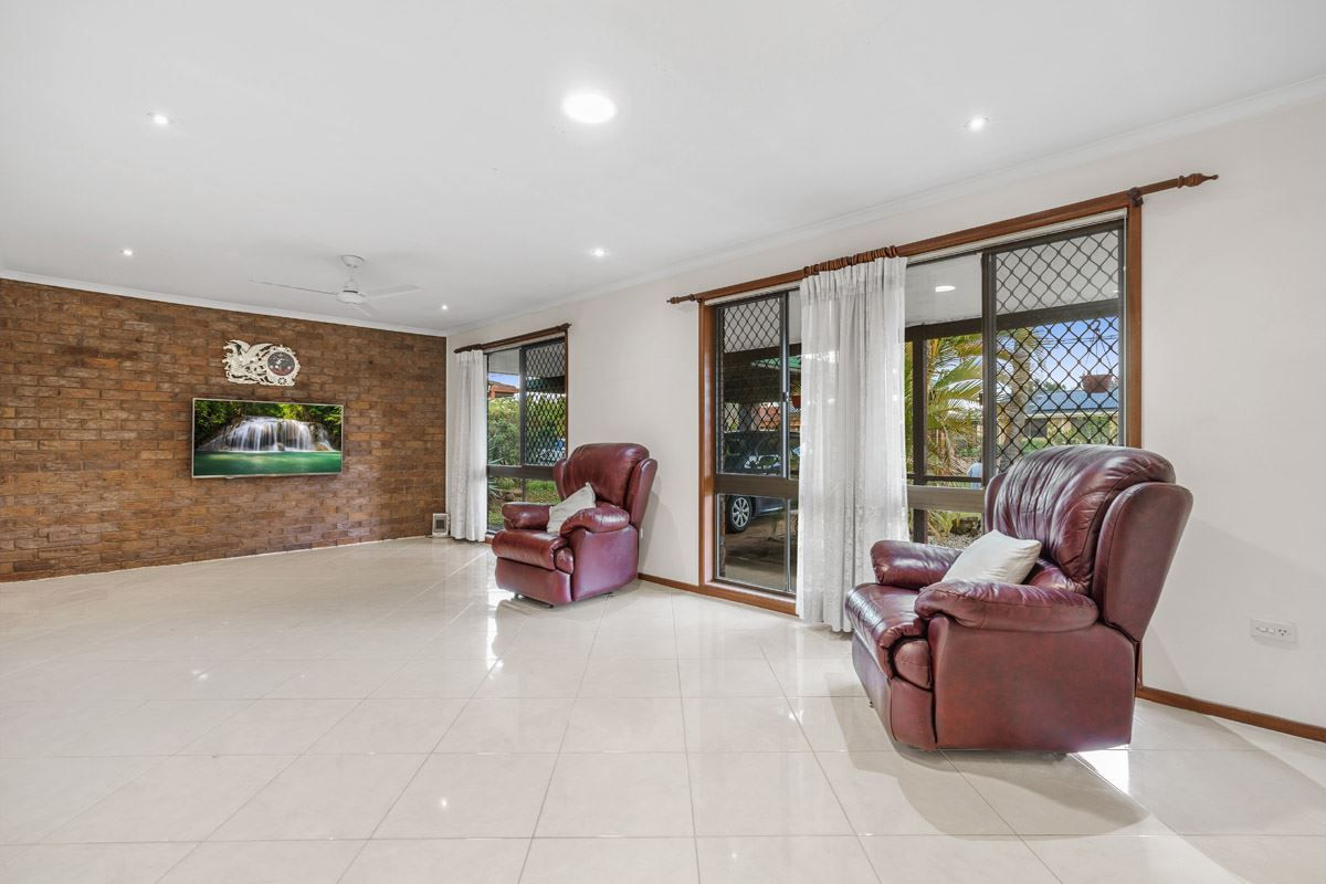 12 Ammons Street, Browns Plains QLD 4118, Image 2