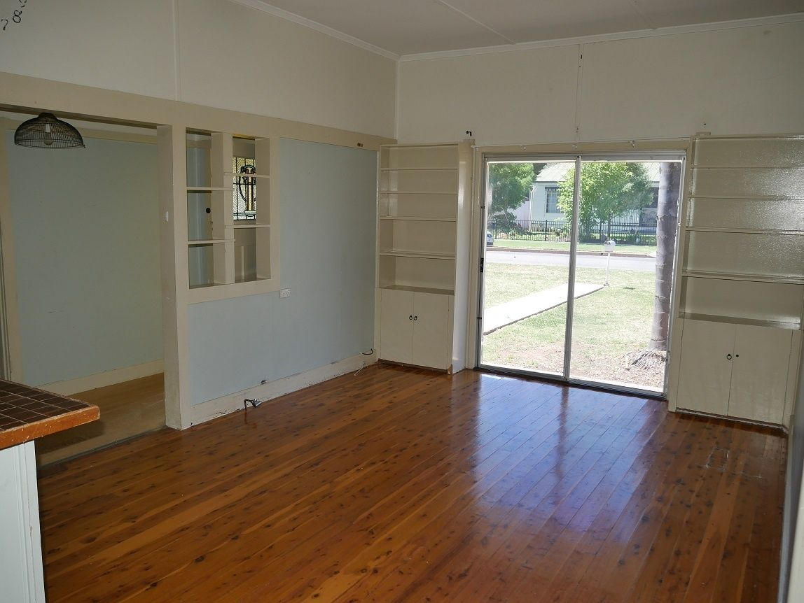 23 Cedar St, Leeton NSW 2705, Image 1