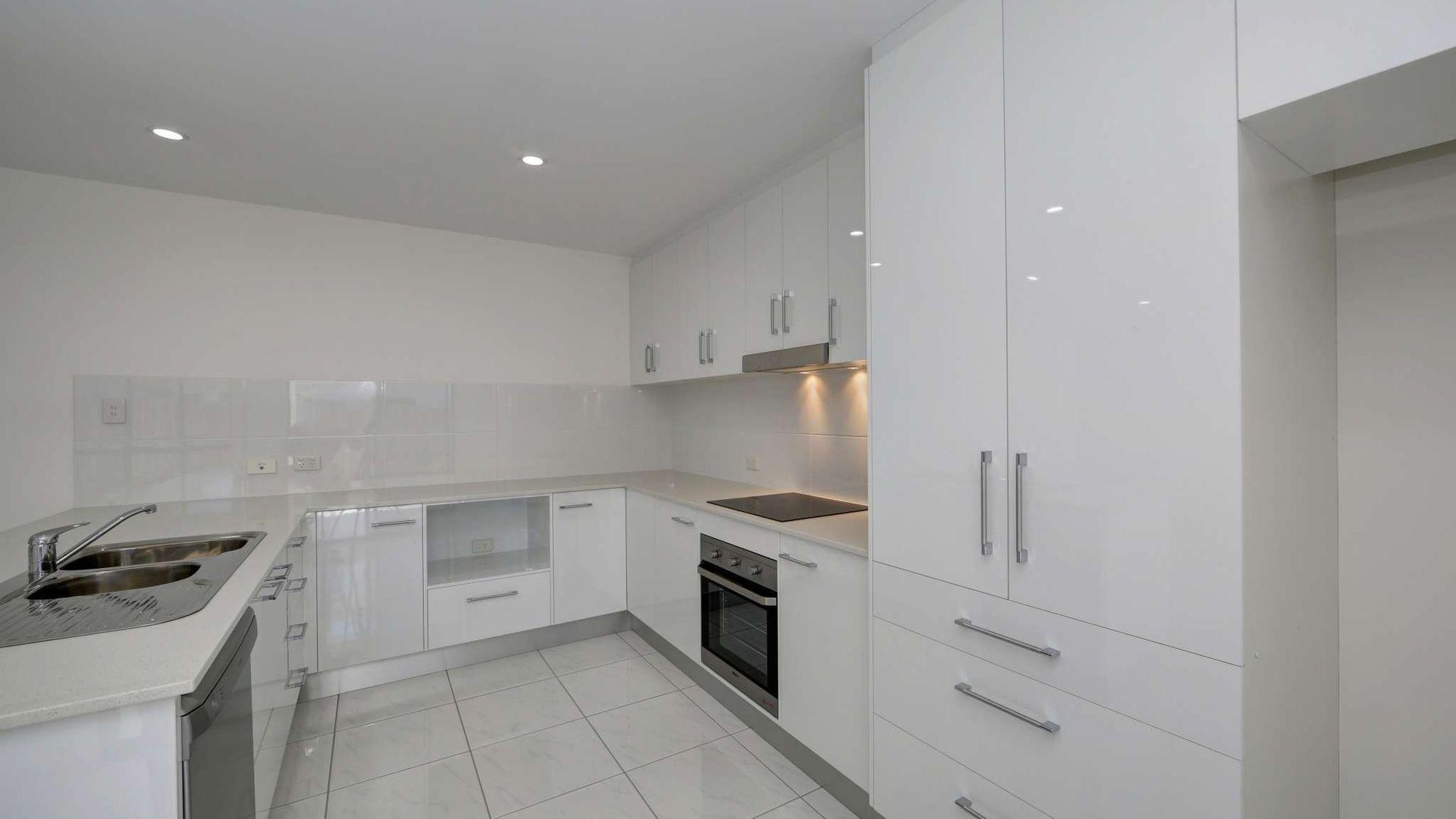 8-10/130 Miller Street, Bargara QLD 4670, Image 1