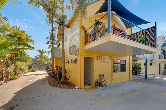 Picture of 4/9 Orana Avenue, BOYNE ISLAND QLD 4680