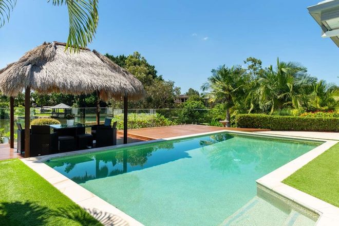 Picture of 3 River Cove Place, HELENSVALE QLD 4212