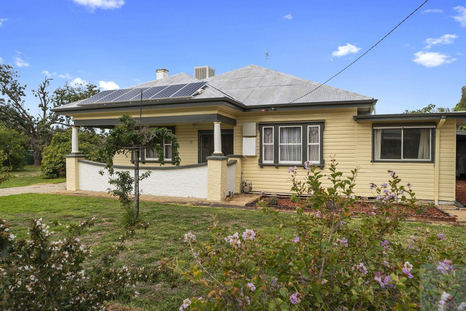 10-12 Barooga Road North, Tocumwal NSW 2714, Image 1