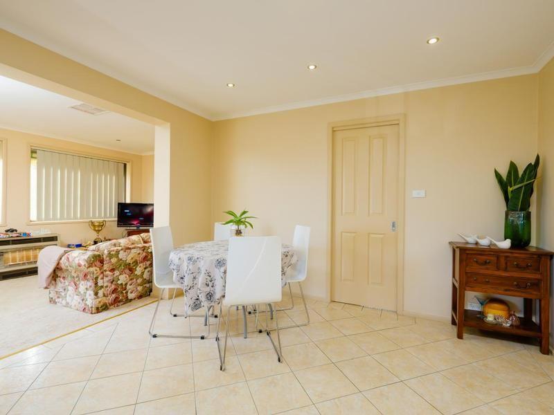 326 Bimbadeen Avenue, Albury NSW 2640, Image 1