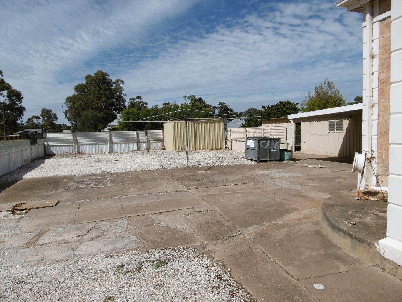 105 Ayr Street, Jamestown SA 5491, Image 2