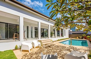 Picture of 56 T E Peters Drive, Broadbeach Waters QLD 4218