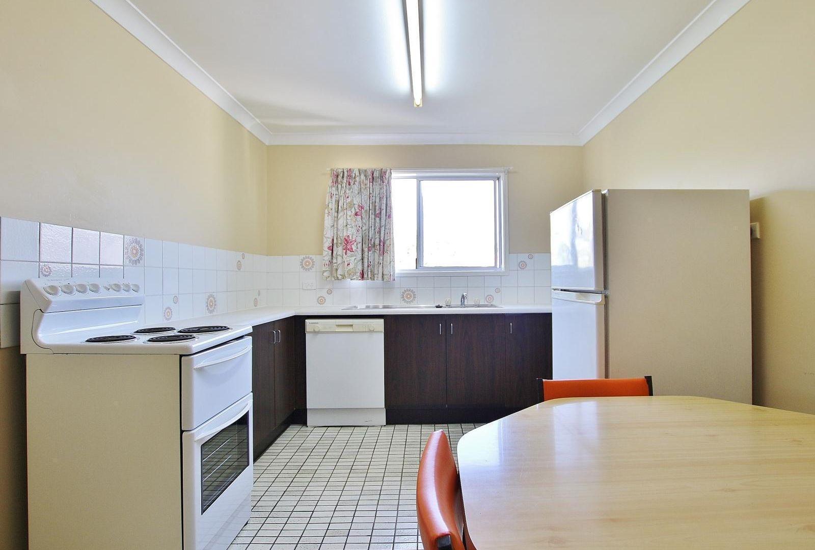 4/81 Bennett Street, Berserker QLD 4701, Image 1