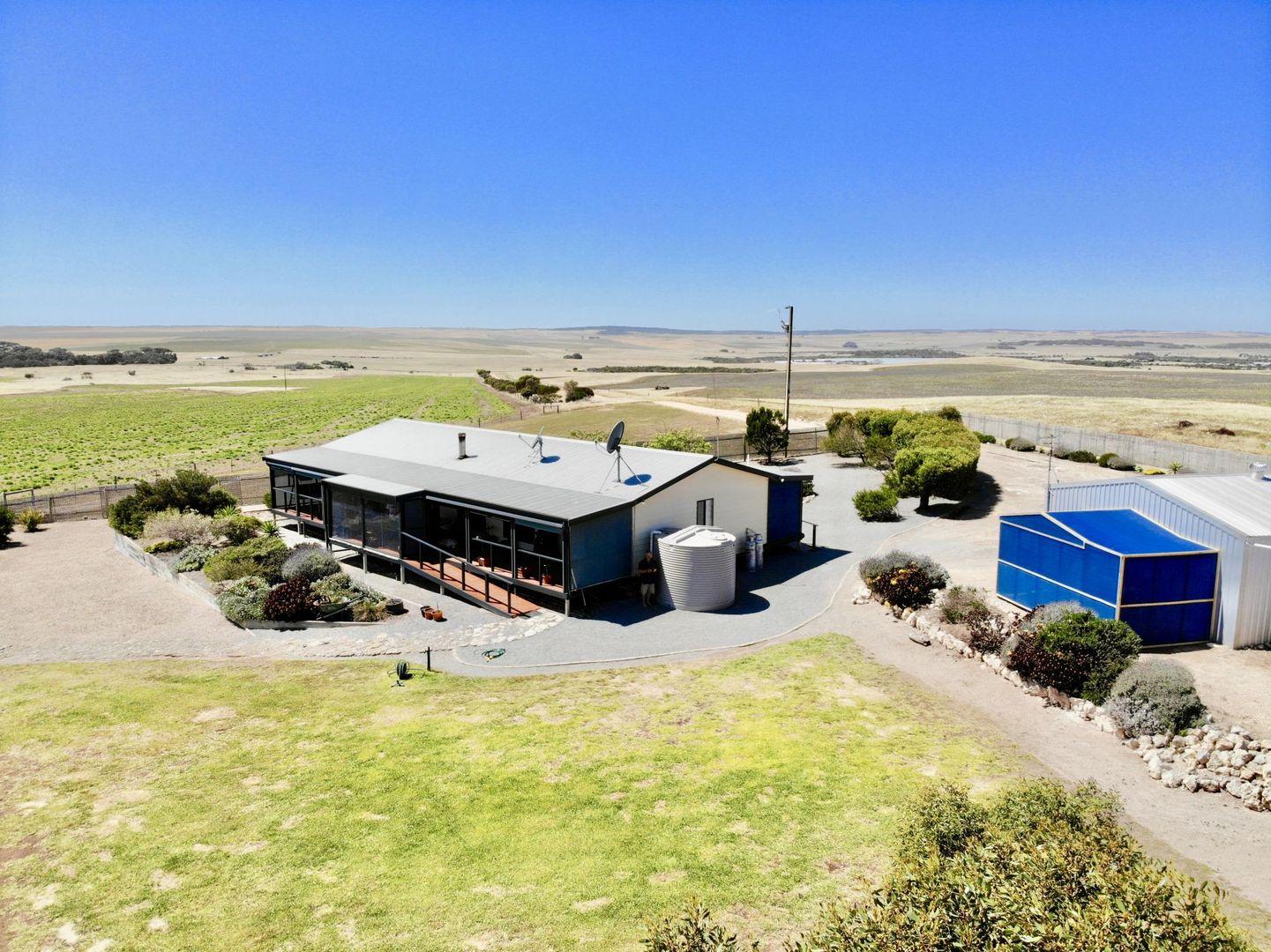 17499 Flinders Highway, Elliston SA 5670, Image 2