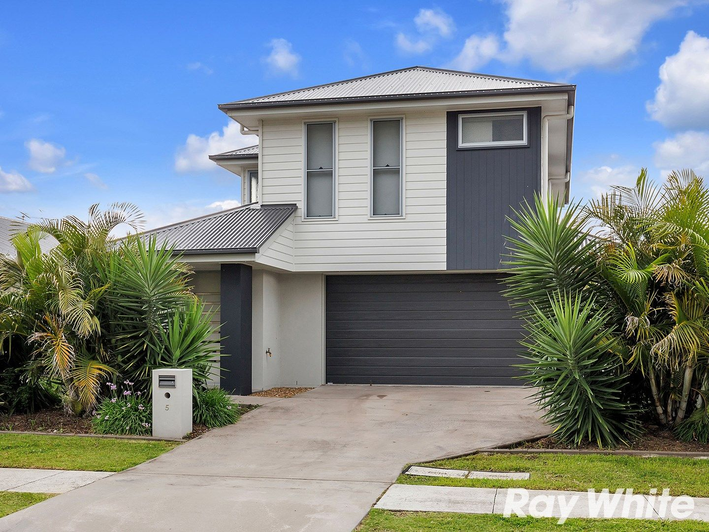 5 Pine Place, Upper Kedron QLD 4055, Image 0