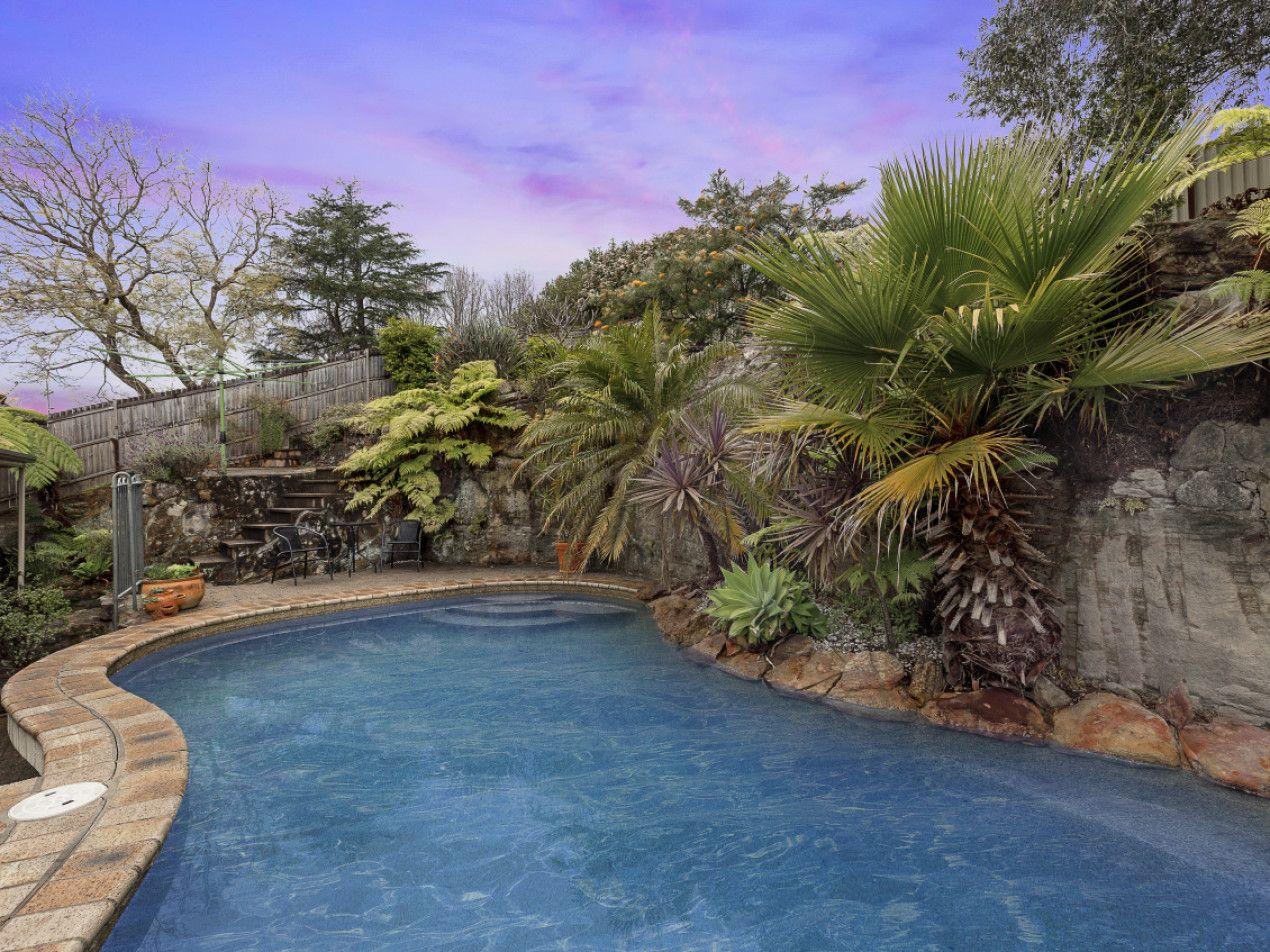 5 Flora Avenue, Mount Colah NSW 2079, Image 2