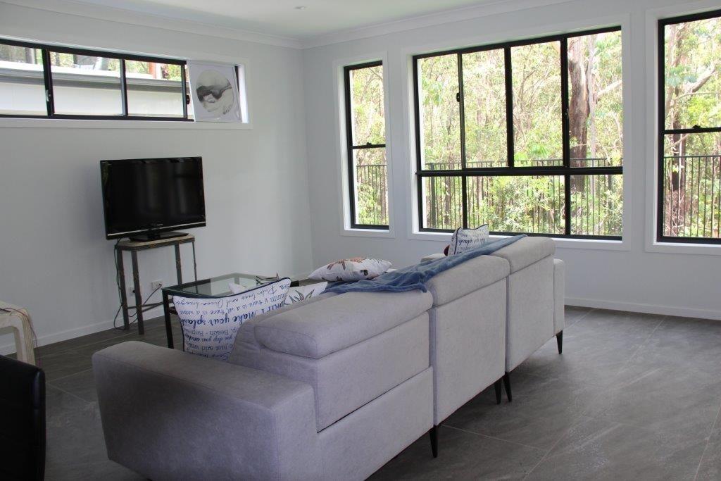 2/71 Ridgeway Avenue, Southport QLD 4215, Image 2