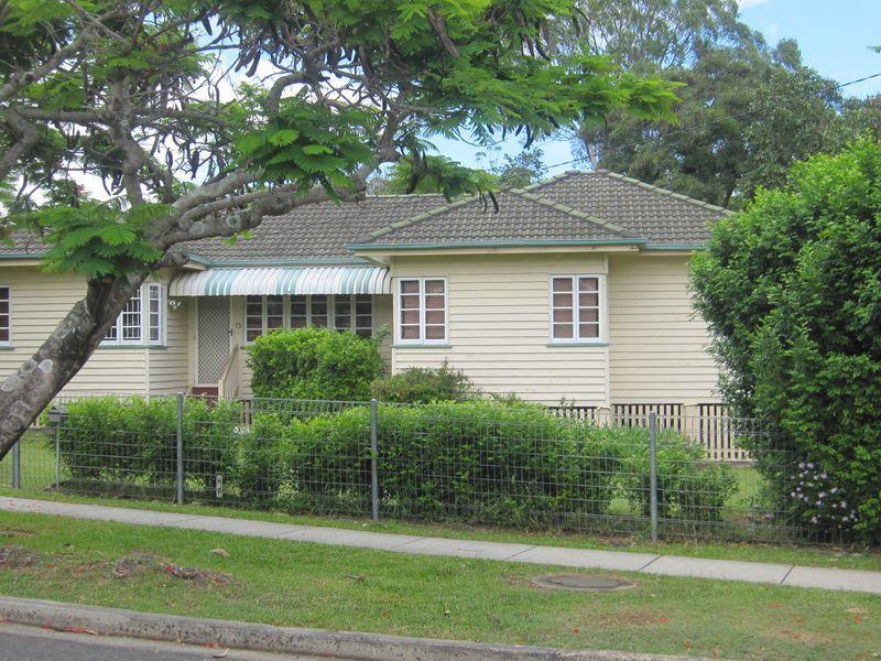 15 Binya Street, Holland Park QLD 4121, Image 0