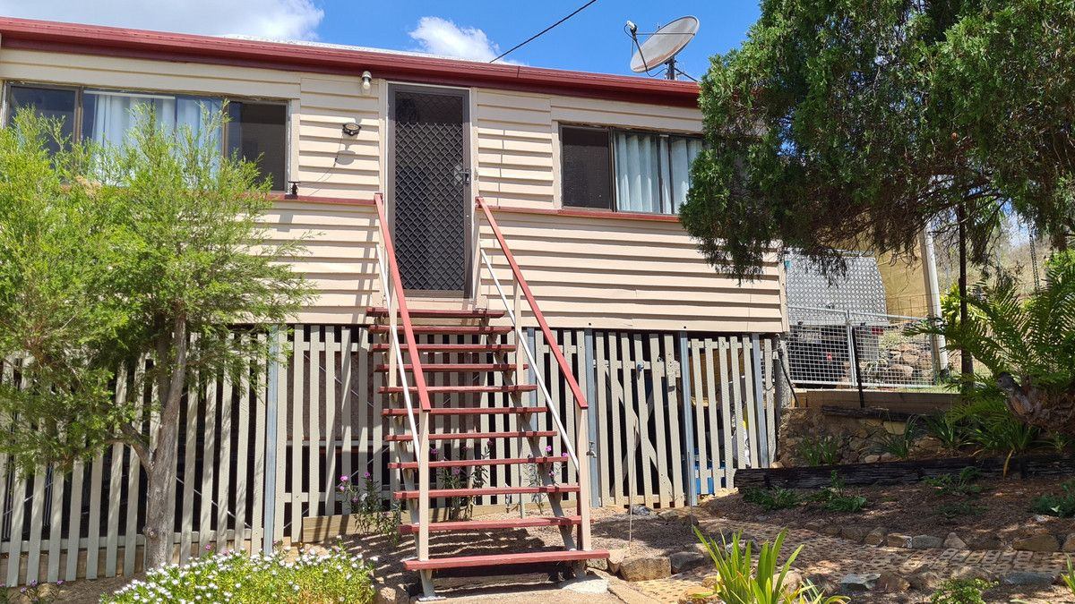 1 Hinton Street, Mount Morgan QLD 4714, Image 2