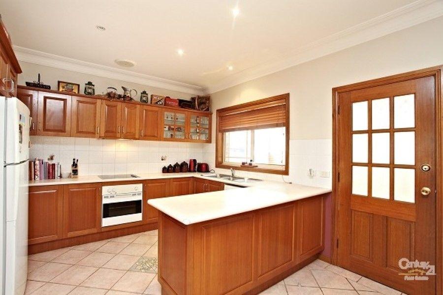 35A Dawson Street, Fairfield Heights NSW 2165, Image 2