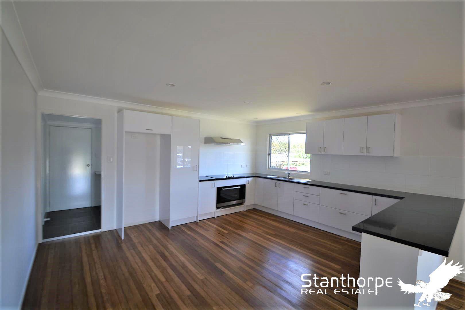 8 Noble  Street, Stanthorpe QLD 4380, Image 2