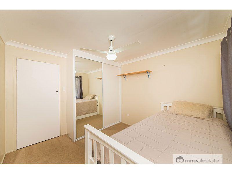 23 Stenlake Avenue, Kawana QLD 4701, Image 2
