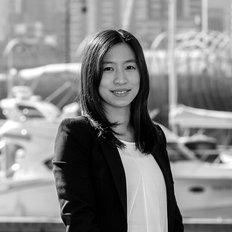Mia Chen, Sales representative