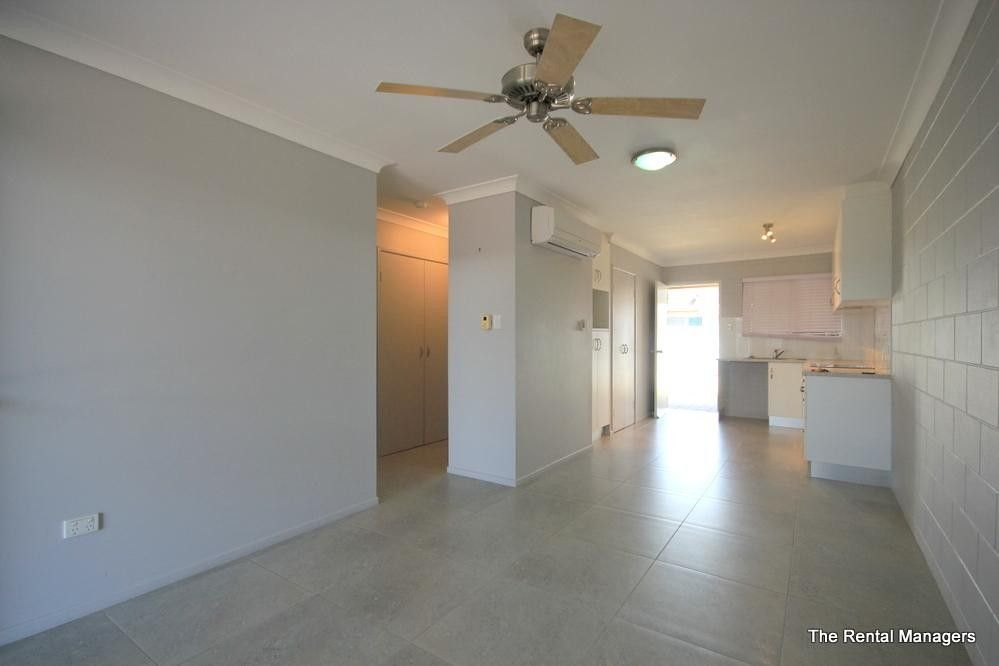 4/32 Henry Street, West End QLD 4810, Image 1