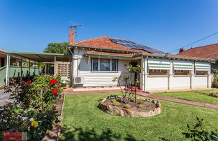 Picture of 21 Holmesdale Road, Woodbridge WA 6056