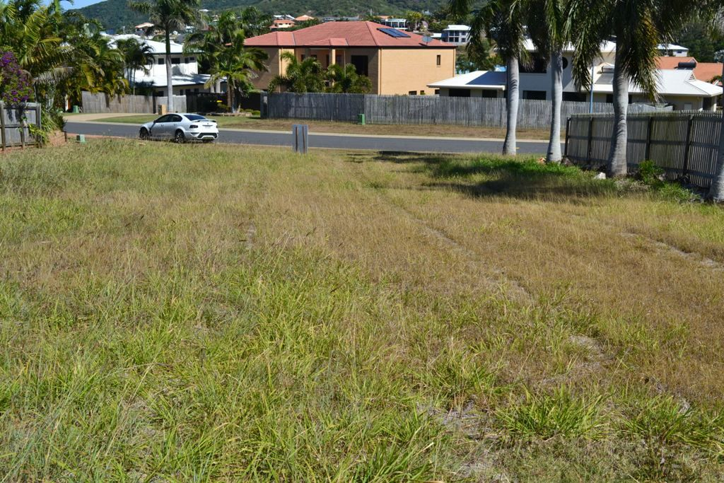 5 Miami Crescent, Pacific Heights QLD 4703, Image 1