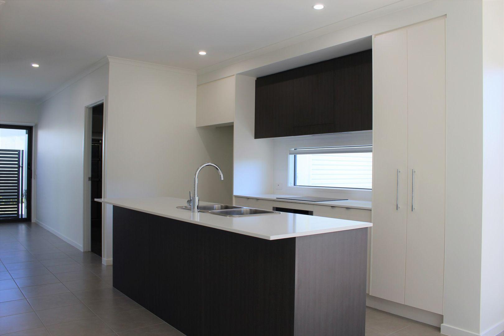 8/1 Ellis Way, Meridan Plains QLD 4551, Image 0