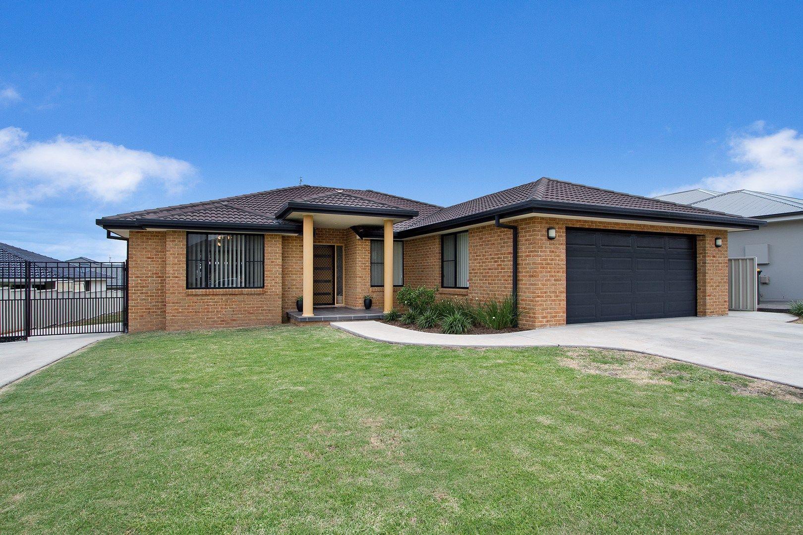 4 Kalinda Place, Tamworth NSW 2340, Image 0