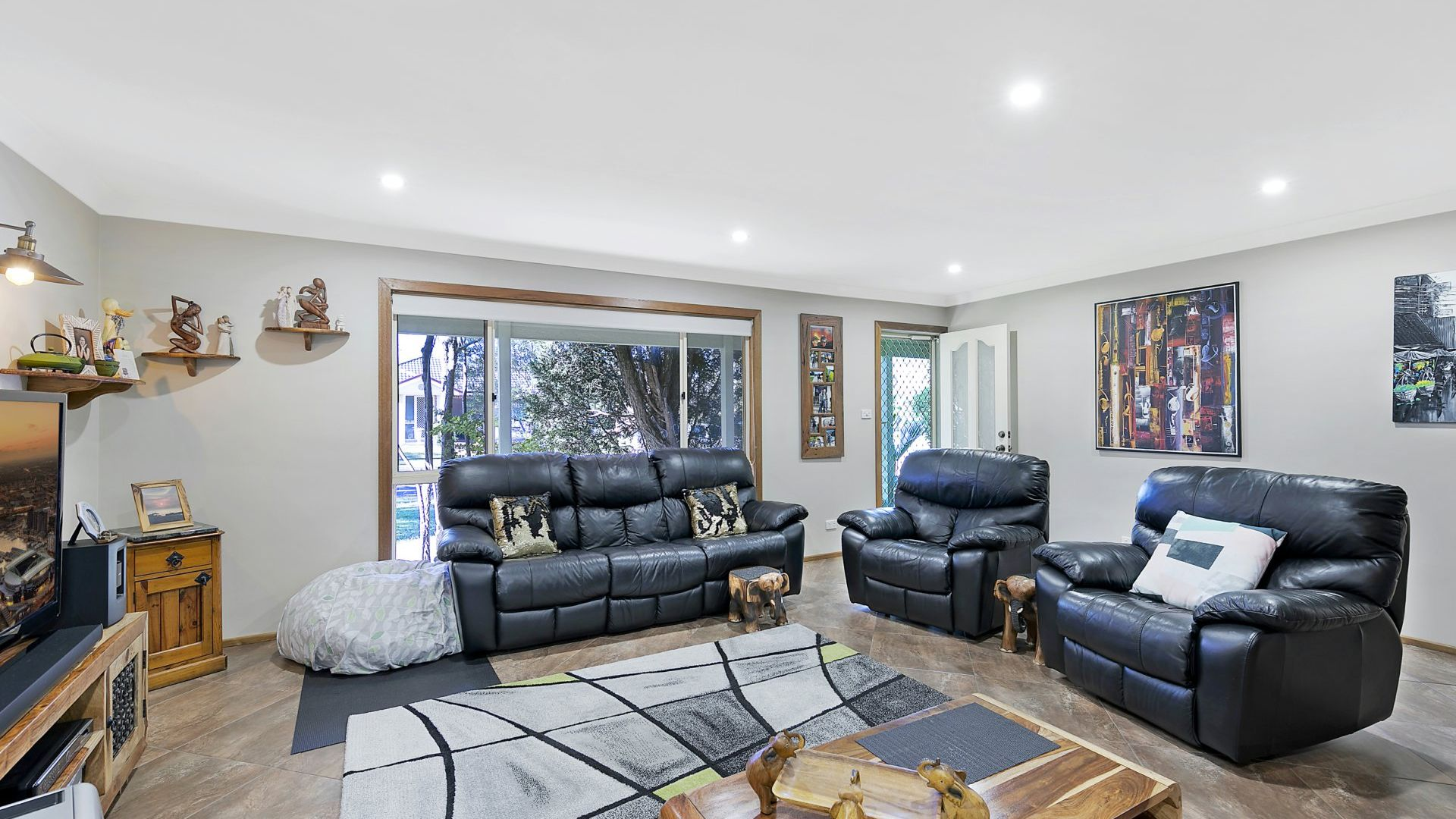 70 Pinehurst Way, Blue Haven NSW 2262, Image 2