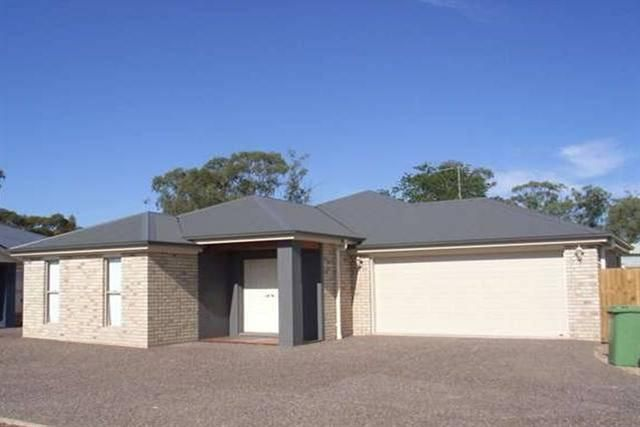 2/7 St Andrews Chase, Dalby QLD 4405, Image 0