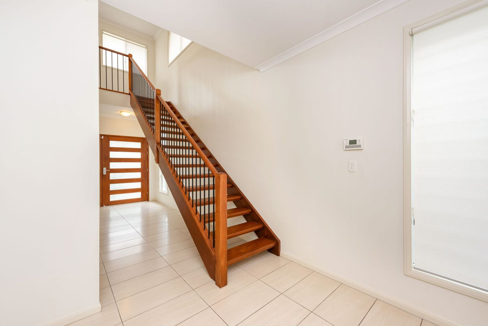10 Annand Street, Oxley QLD 4075, Image 1