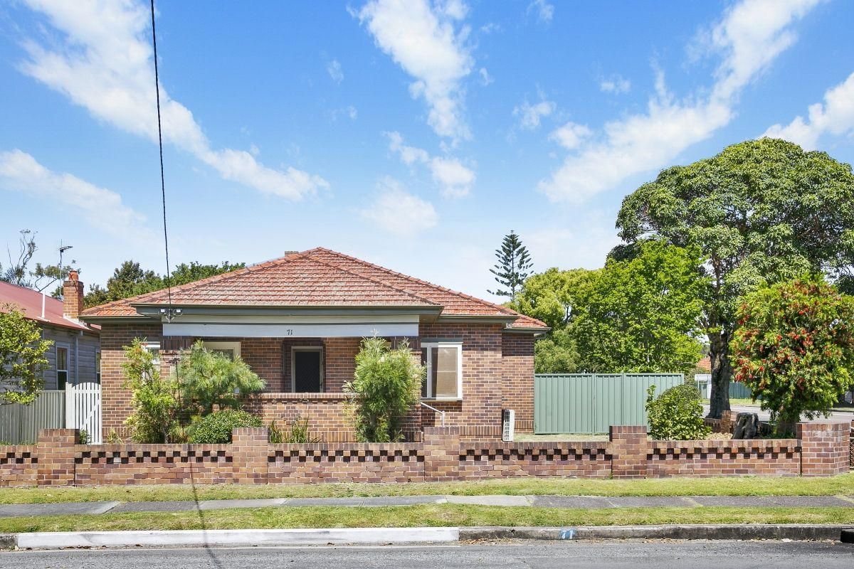 71 Turnbull Street, Merewether NSW 2291, Image 0