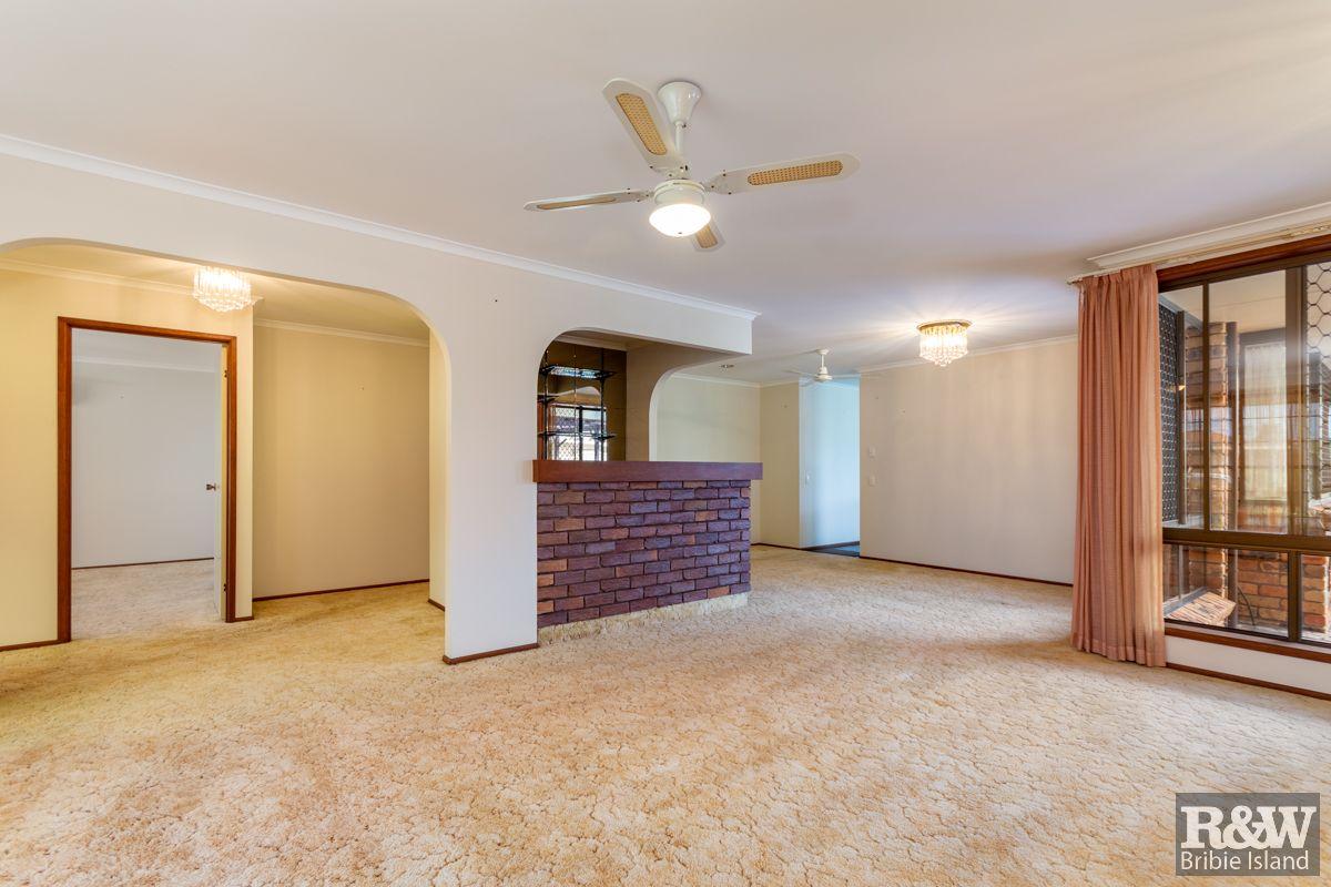 5 Banks Street, Banksia Beach QLD 4507, Image 2