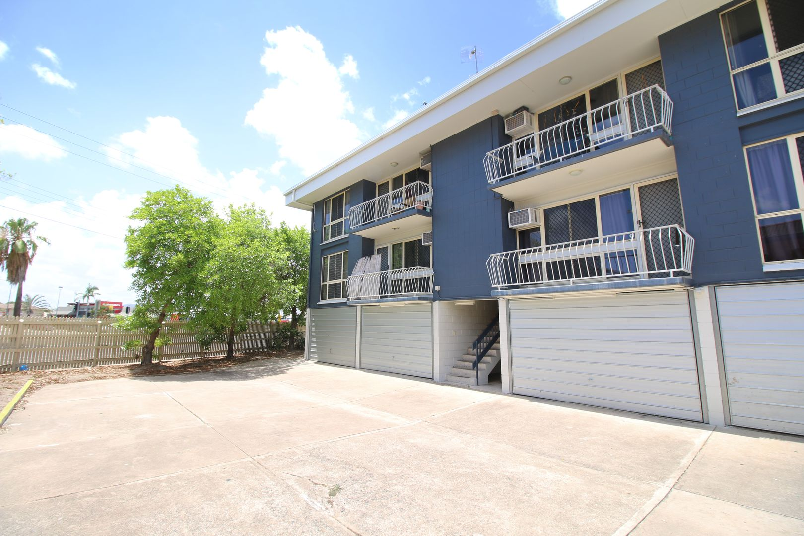 2/6 Albert Street, Cranbrook QLD 4814, Image 0