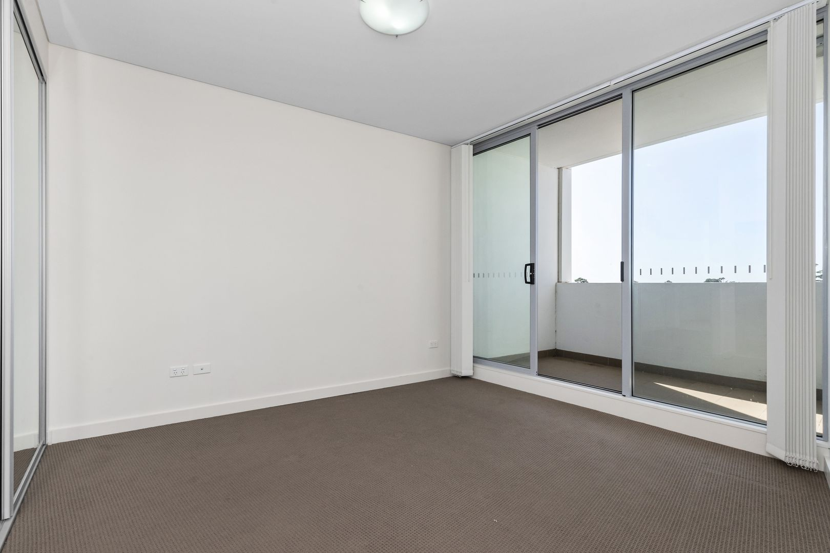 Level 5, 518/301 Old Northern Road, Castle Hill NSW 2154, Image 2
