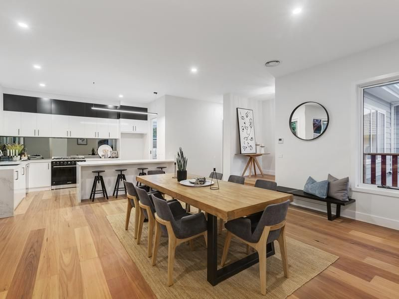 2/9 Nokes Court, Montmorency VIC 3094, Image 1