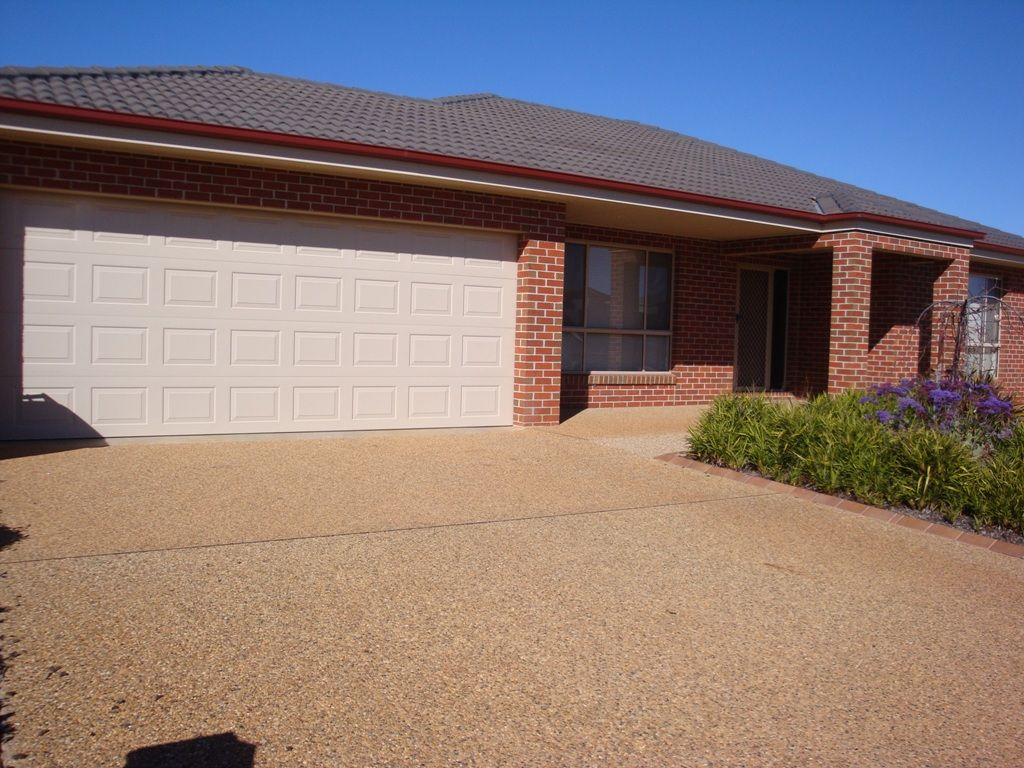 53 Northgrove Drive, Griffith NSW 2680, Image 1