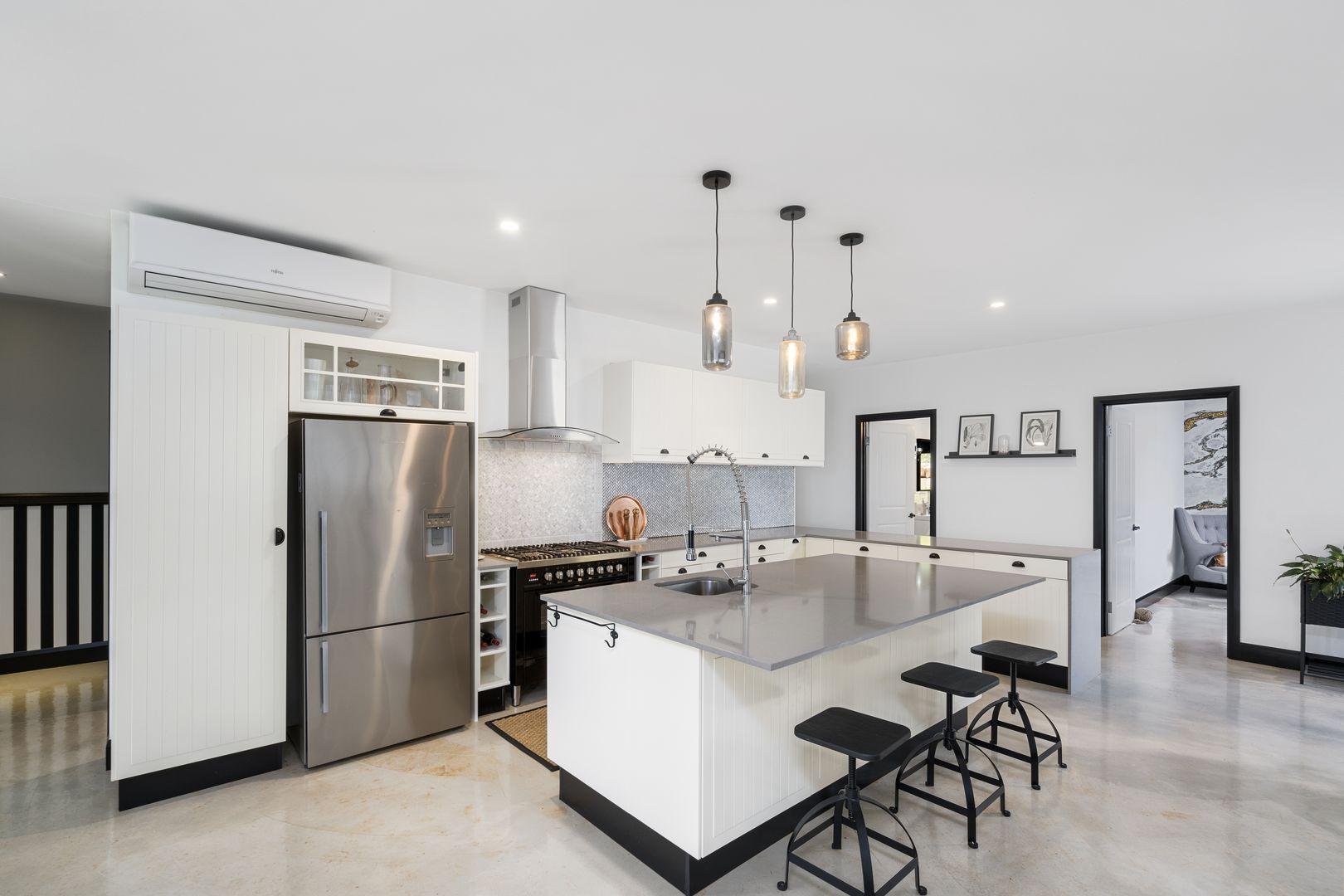 2 Acacia Court, Beechmont QLD 4211, Image 1
